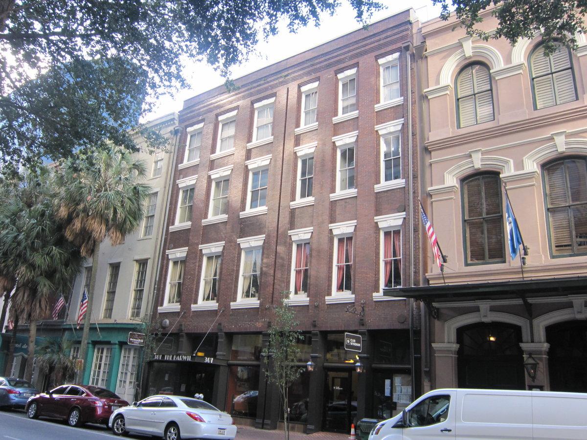 307 Tchoupitoulas St New Orleans La 70130
